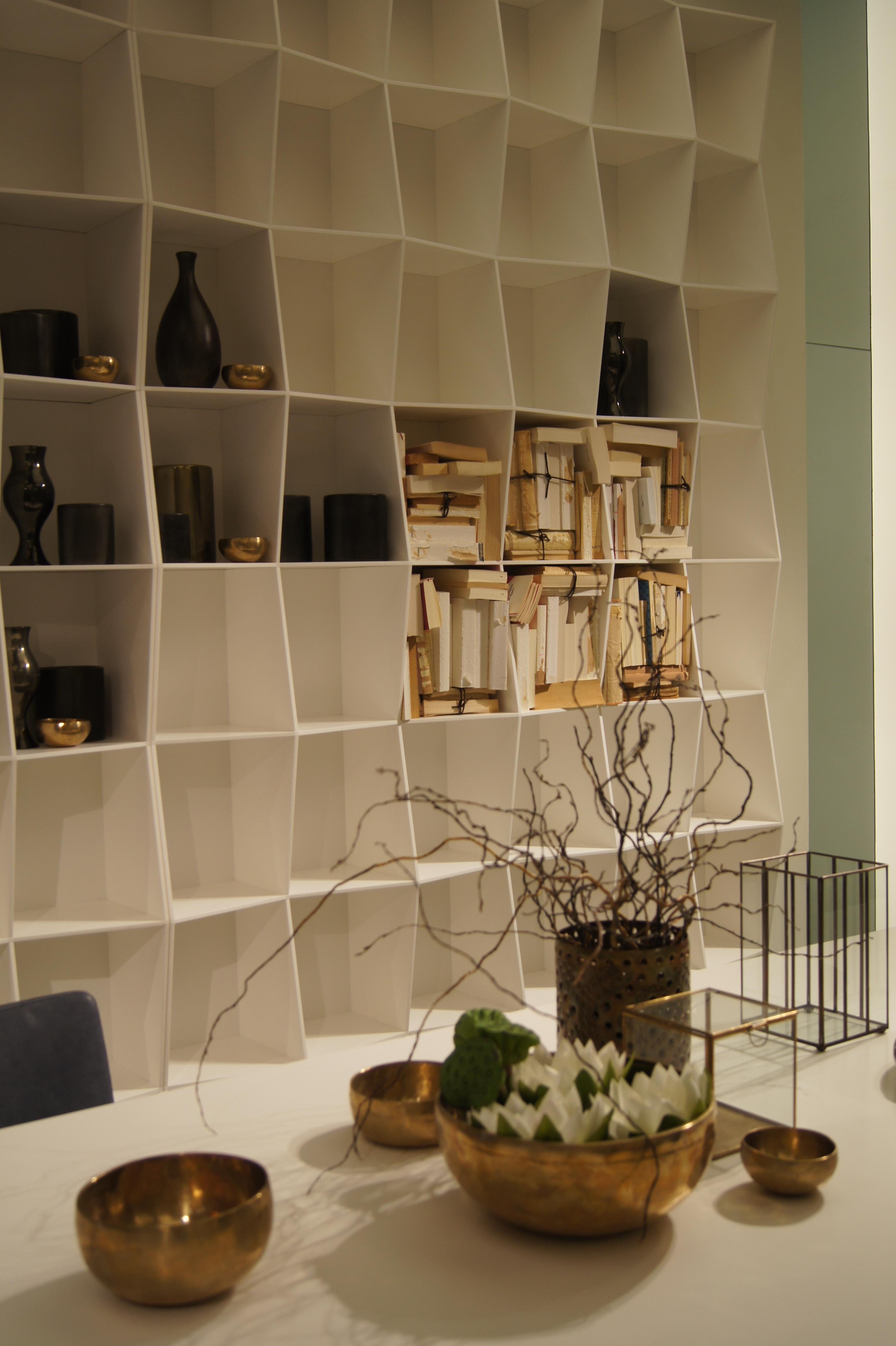 Kamer hoge kast by Alivar | Salone del Mobile 2014